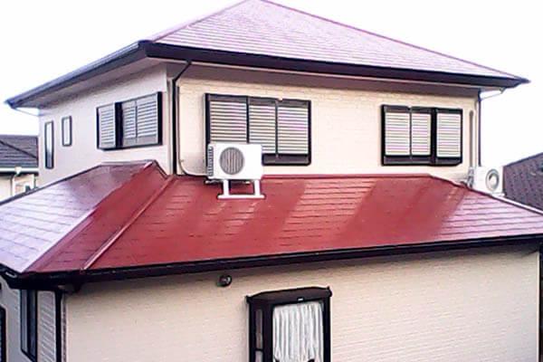赤茶色の屋根